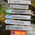 Grinddalsfossen-sign