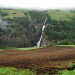 Waterfall in Norway: Svouyfossen