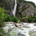 Waterfall in Norway: Svouyfossen