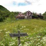 Vettigard, Vettisfossen-Utladalen-walk